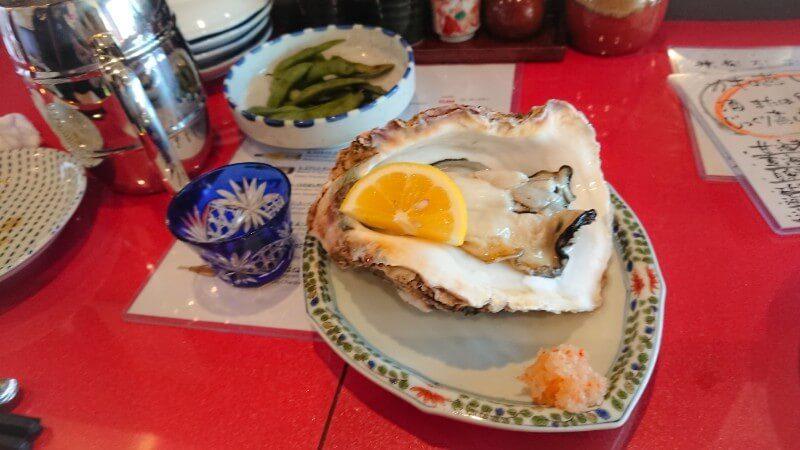 殻の三光橋の岩牡蠣