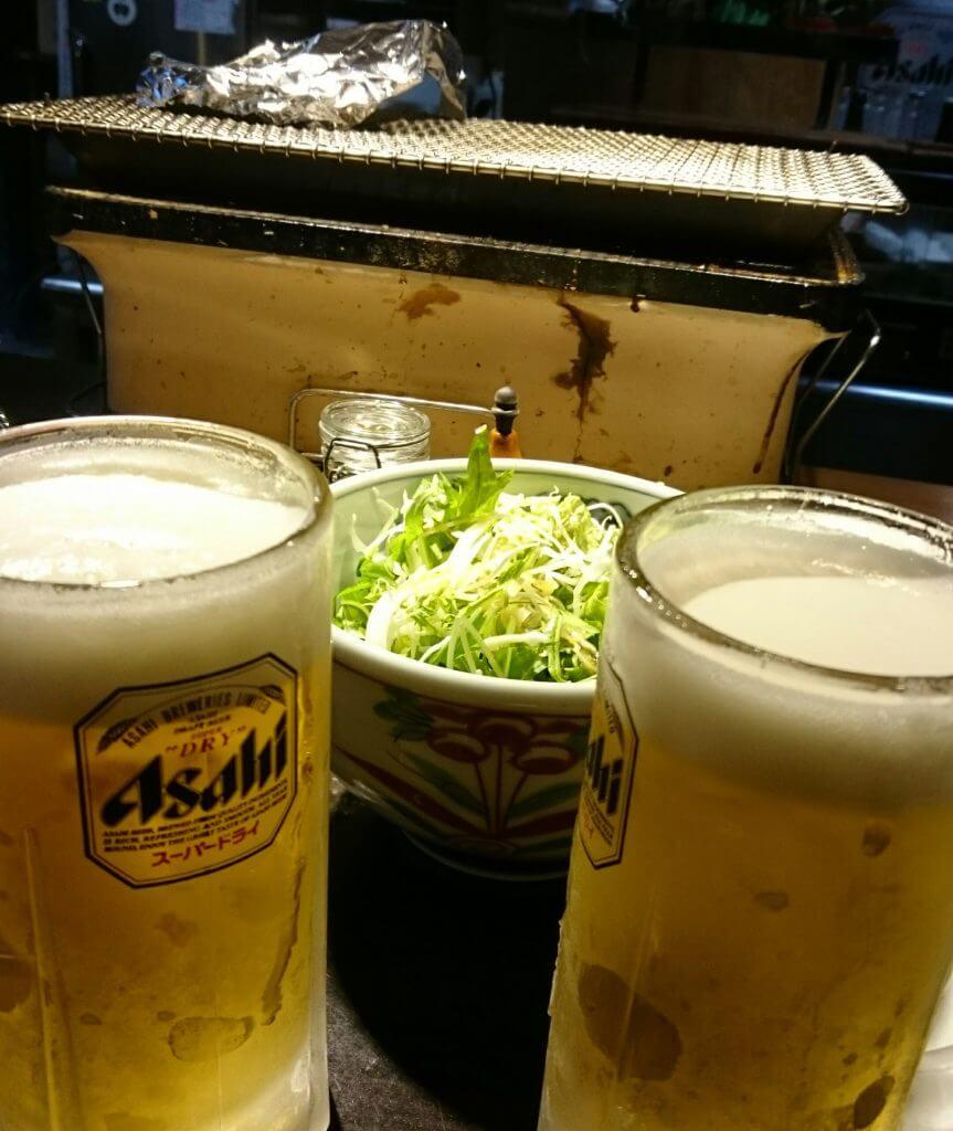 肉の雷橋 サラダとビール